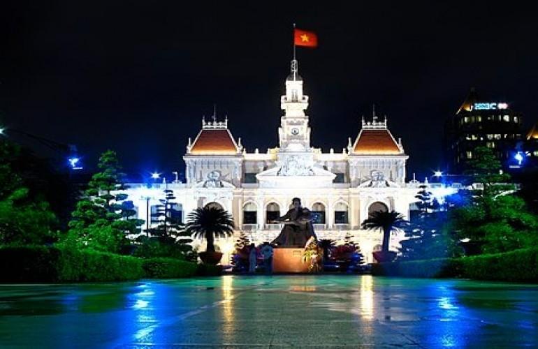 【建築- 在越南的美麗法國烙印系列】胡志明市人民委員會總部